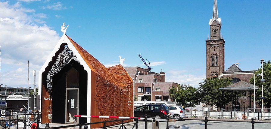 sluishuisje op de Hoogendam in Zaandam